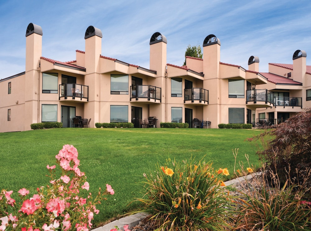 Exterior, WorldMark Lake Chelan Shores