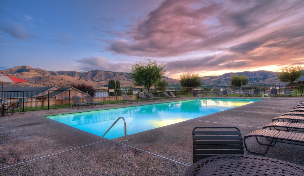 Pool, WorldMark Lake Chelan Shores