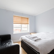 Birmingham Serviced Apartment - The Qube