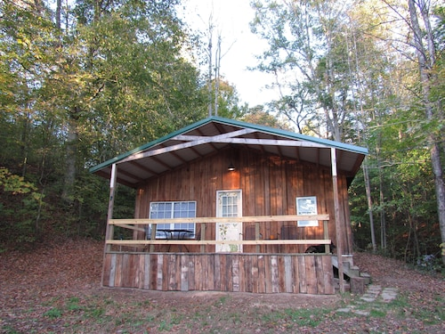 Secluded Woodland Retreat Outside Athens, OH and Hocking Hills
