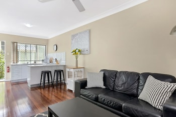 Sensational 1 Bedroom Apartment New Farm