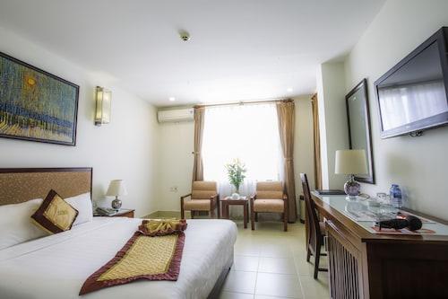 룩세 호텔