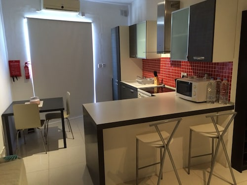1 Bedroom Apartment in St. Julians