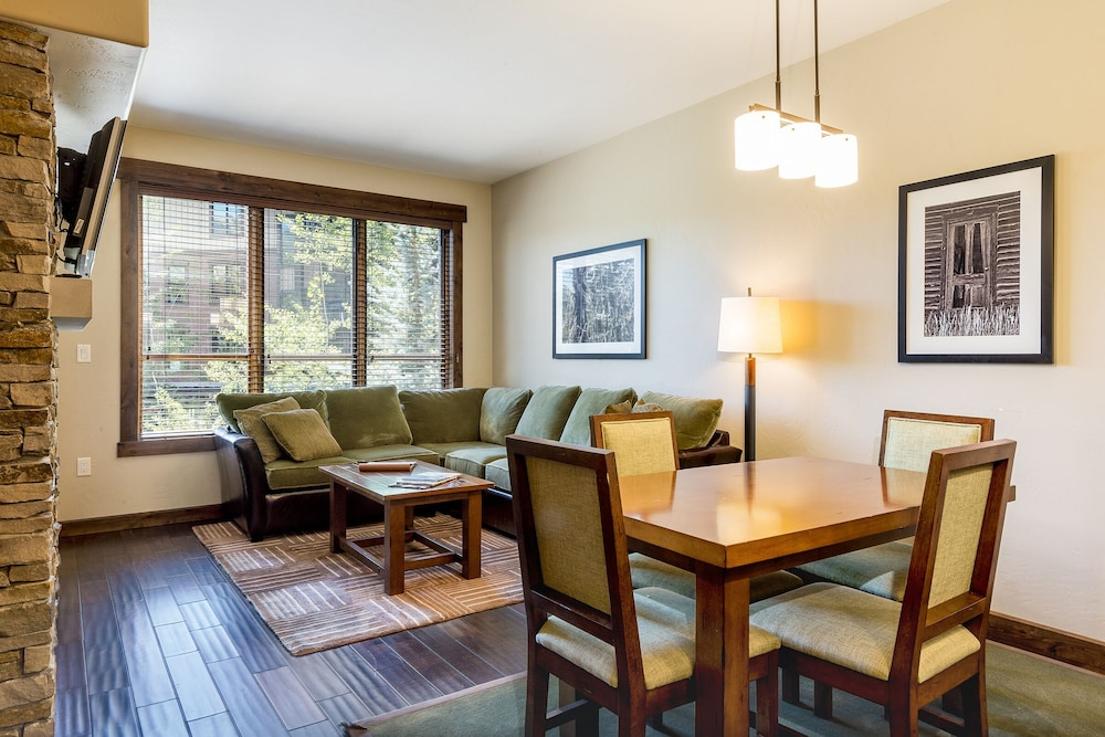 Trailhead Lodge -pools, Hot Tubs and Workout Room - Discount Lift ...