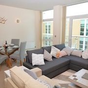 Brightleap Apartments - Silbury View