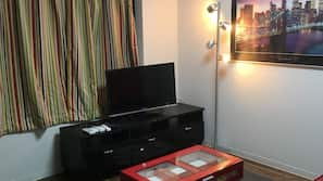 1 bedroom, free wired Internet