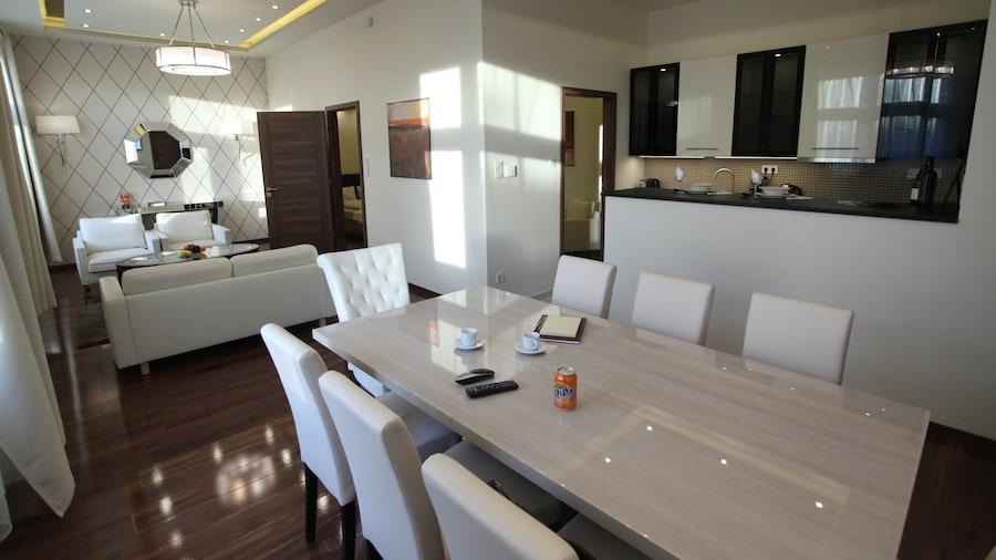 Dfive Apartments - Little Boss