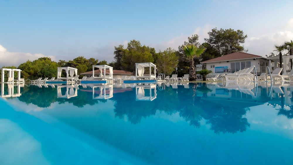 Outdoor Pool, Azul Beach Resort Montenegro by Karisma  - All Inclusive