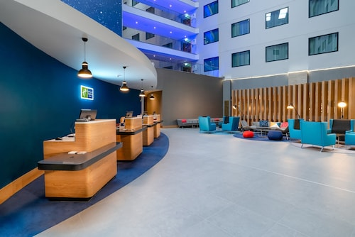 Holiday Inn Express London Heathrow T4