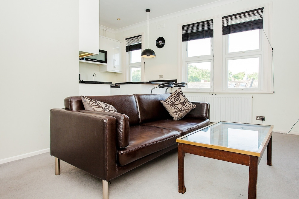 Newly Furnished Modern 1 Bed In South East London In London Hotel Rates Reviews On Orbitz