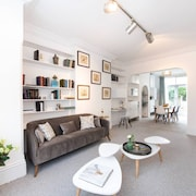3 Bedroom House in Hampstead Village Sleeps 6