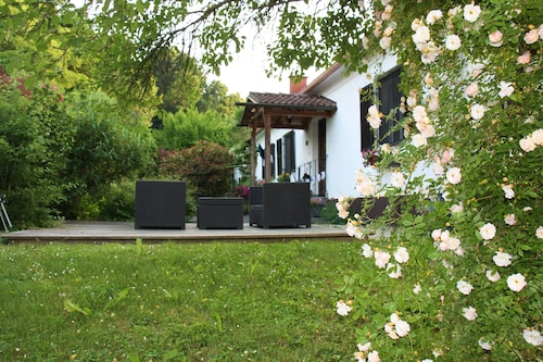 Country House in the Center of Leitersdorf - new Town Feldbach, Quiet Location