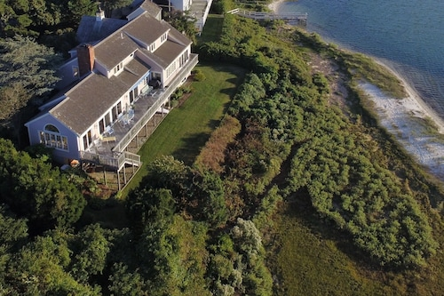 Spectacular Waterfront Cape Cod Home, Oceanfront and Beach,ac,wifi Deck w Grill!