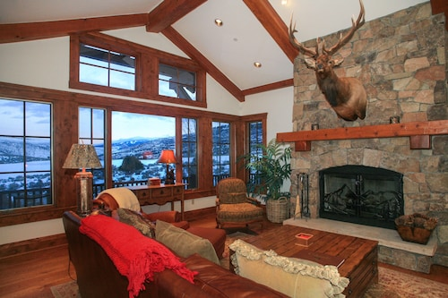 Fishing/skiing Retreat