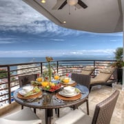Ocean View, 1 Bed/1bath Condo With Resort Style Ammenities