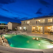 Grand Slam FEB Offer Spacious 5 BR Home/ PVT Pool/ Putting Green/ Surprise