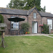 Garden Cottage & Granary