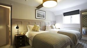 Premium bedding, down duvet, individually decorated