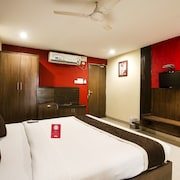 OYO 6648 Hotel Royal Residency