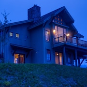 Moonlight Mountain Home 1 Vacation Home 3 Bedroom