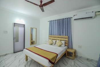 OYO 10296 Home Sunset View 3BHK Dona Paula
