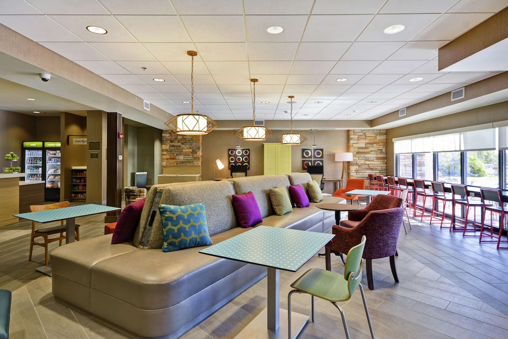 Lobby, Home2 Suites by Hilton Carbondale