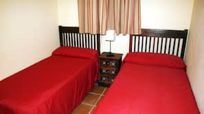 Cots/infant beds, rollaway beds, free WiFi, bed sheets