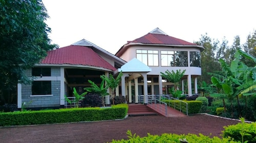 Green Hills Lodge