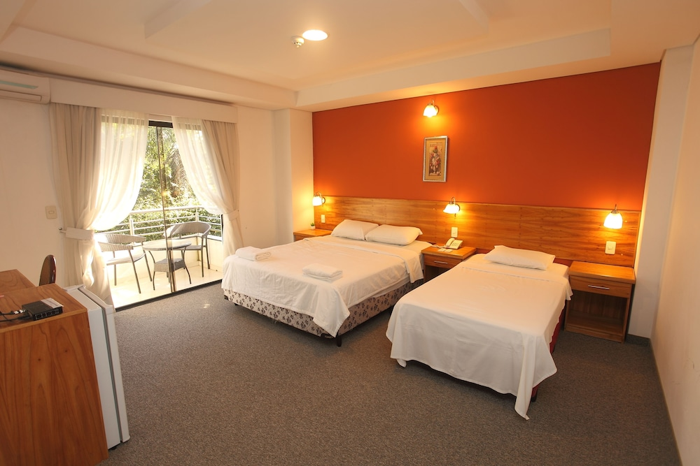 Room, Los Lagos Resort Hotel