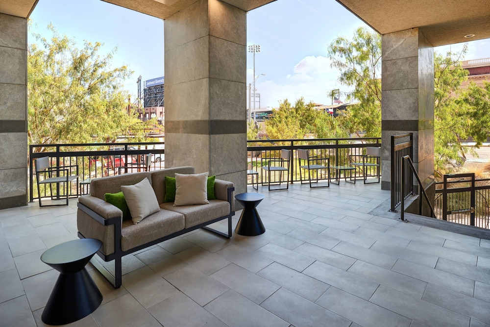 Terrace/Patio, Courtyard by Marriott El Paso Downtown/Convention Center