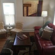 Victorian! Professionally Cleaned, Self Check In - Sleeps 10