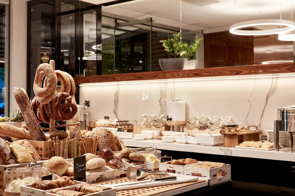 Breakfast buffet, Antigon Urban Chic Hotel