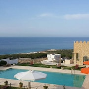 Mansion With 6 Rooms in Bizerte, With Wonderful sea View, Private Pool, Terrace - 300 m From the Beach