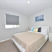 Luxury Apartment Close to Perth City:2240