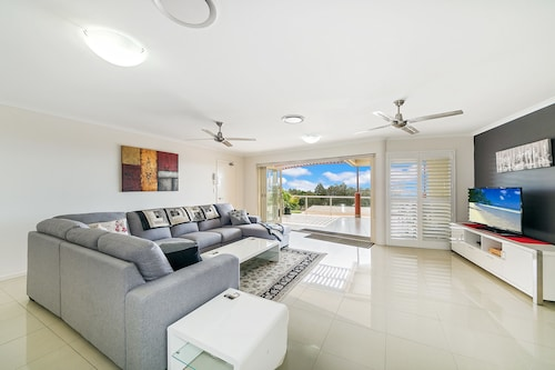 Redcliffe Peninsula Penthouse