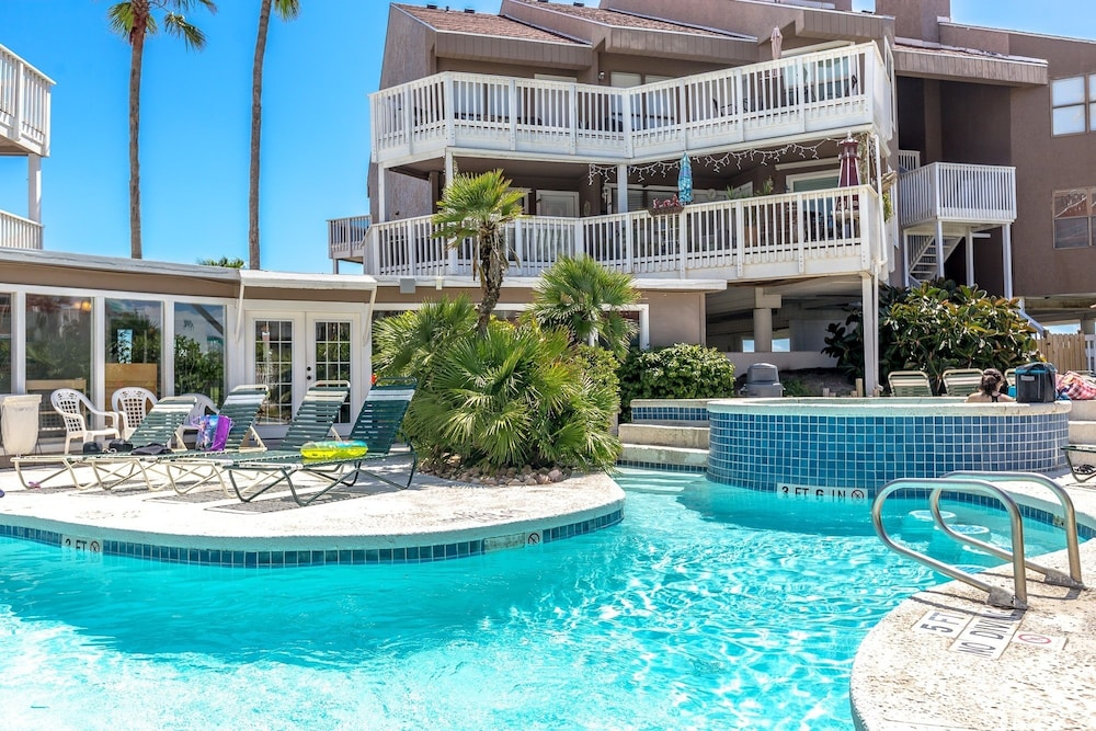 Mustang Island Beach Condo 212 In Port Aransas Hotel Deals Rates Reviews On Tickets