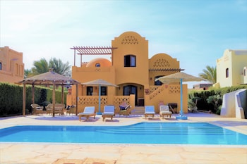 Villa 4 bedrooms with Private Pool