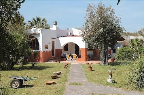 Il Caimano Appartamenti (Vulcano, Italia) | Expedia.it