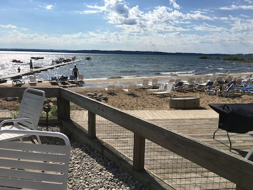 Beautiful 1 Bedroom At The Shores Condo on Traverse City East Bay Beach