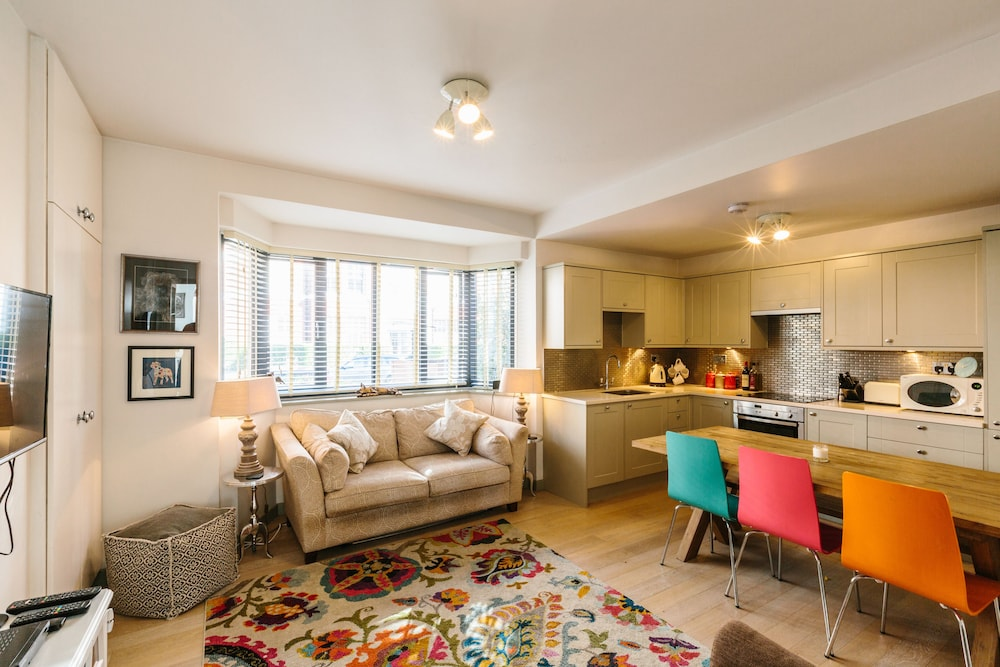 Bright And Charming Battersea Park Apartment London 2019 Hotel Prices Expedia Co Uk