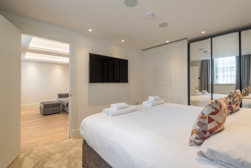 Luxurious Apartment by Richmond Park