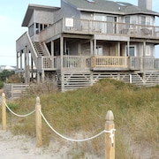 Ocean Front, Dog Friendly, Hatteras Island, 4 BR, 3 1/2 BA