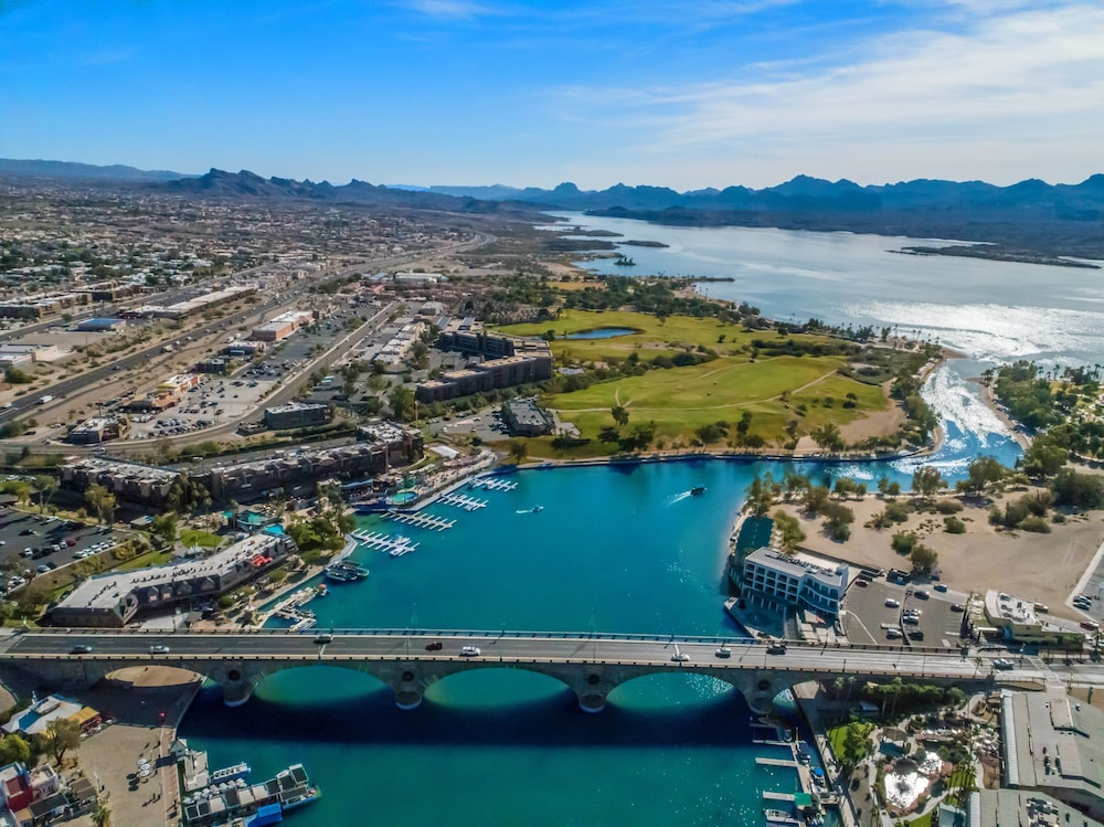 Point of Interest, Holiday Inn Express And Suites Lake Havasu - London Bridge, an IHG Hotel