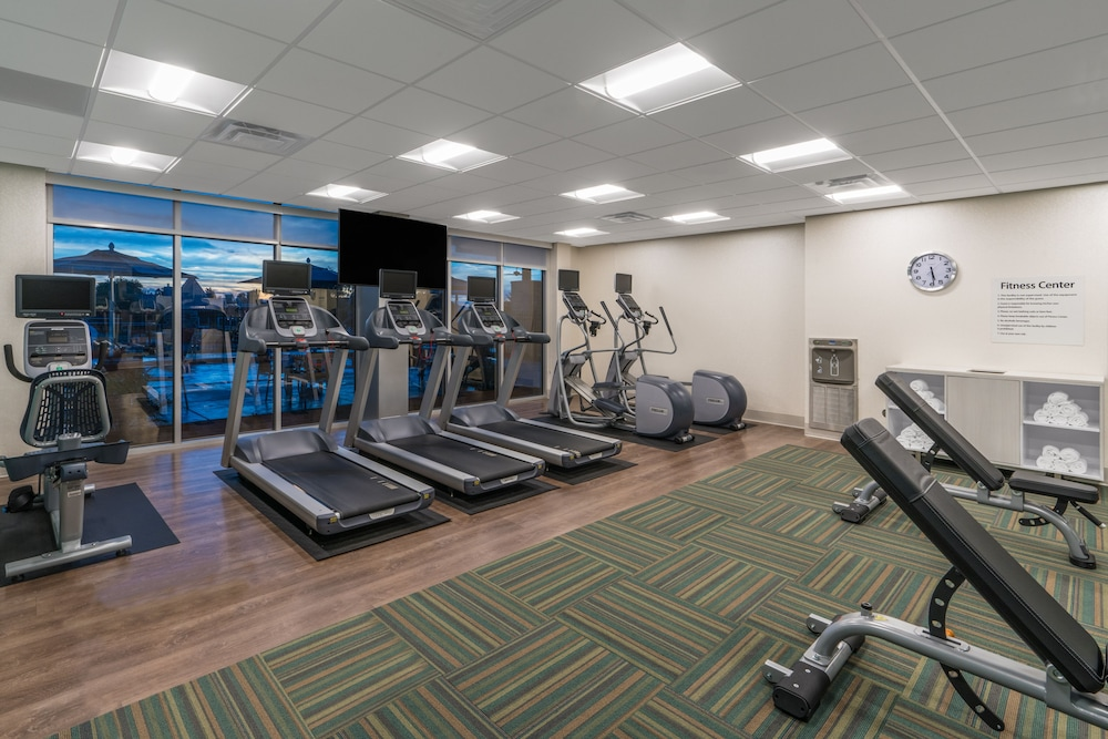 Fitness Facility, Holiday Inn Express And Suites Lake Havasu - London Bridge, an IHG Hotel