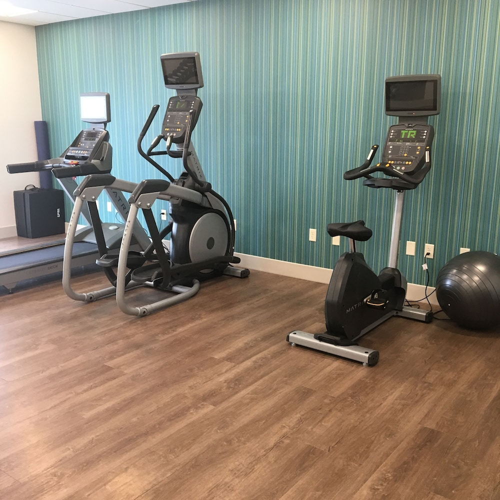 Fitness Facility, Holiday Inn Express and Suites Nebraska City, an IHG Hotel