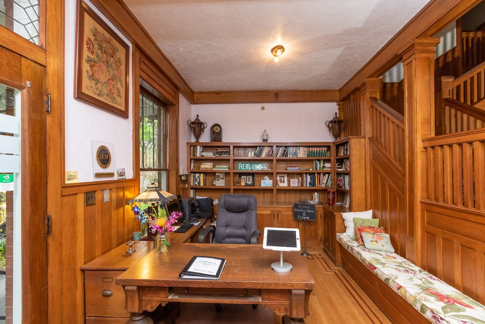Herlong Mansion Bed Breakfast In Gainesville Hotel Rates