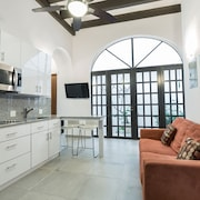 Villa Laurel Old San Juan Chic 2 Bedroom Apartment in Colonial City Fantastic Location