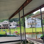 Sweet Retreat..boat Dock Available ..craftman Lake Chatuge Lakefront