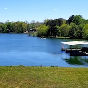 Boat Dock Included Sweet Retreat on Lake Chatuge