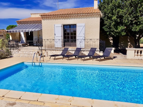 Modern Villa, Private Heated Pool in Traditional Languedoc Village Near Med